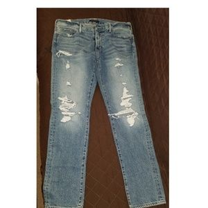 Abercrombie & Fitch Men Ripped Jeans